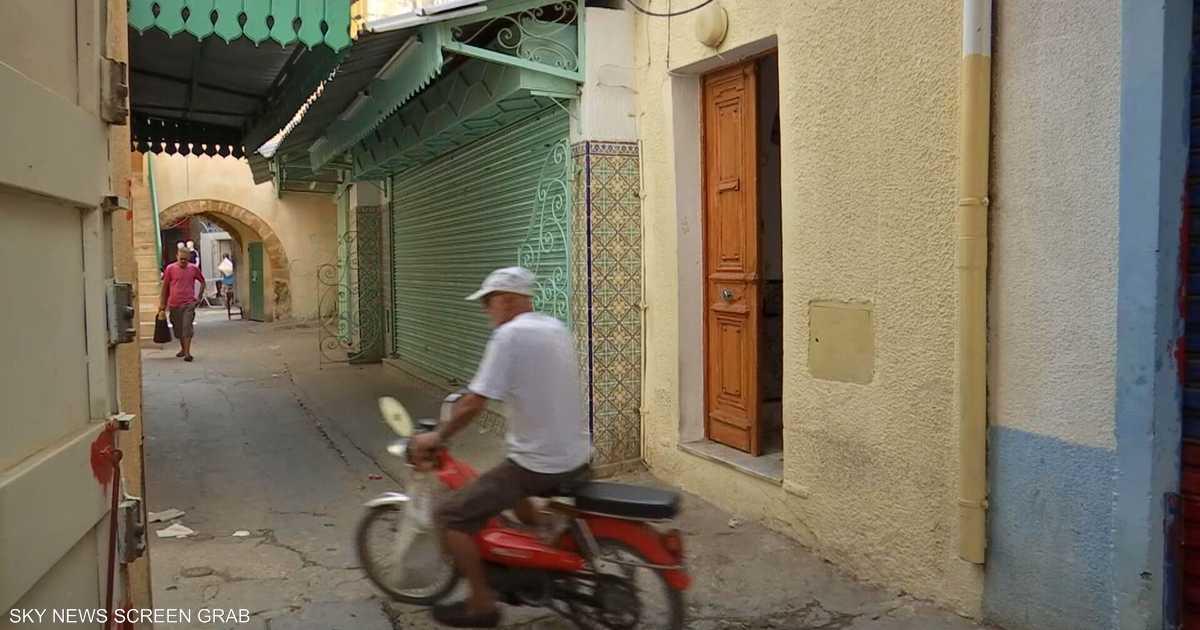 سكاي نيوز عربية تزور منزل  المرشح السجين  في تونس   أخبار سكاي نيوز عربية