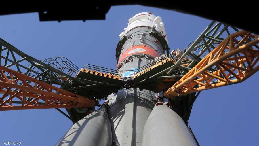 """انطلق 3 رواد فضاء بينهم هزاع المنصوري في رحلة لمحطة الفضاء الدولية من قاعدة """"بايكونور"""" الفضائية في كازاخستان."""