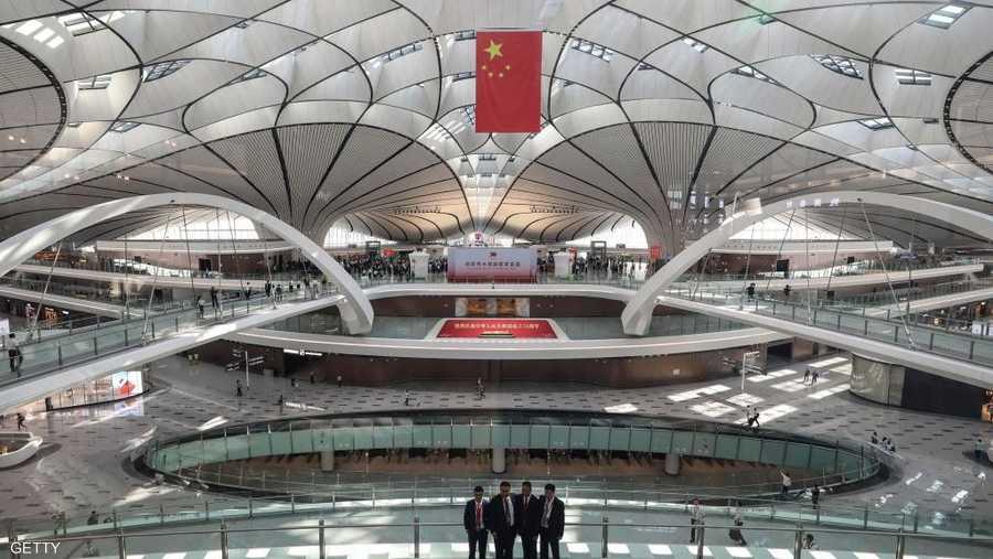 يضم المطار 4 مدارج ومن المتوقع أن يستقبل ما يصل إلى 72 مليون راكب سنويا بحلول 2025