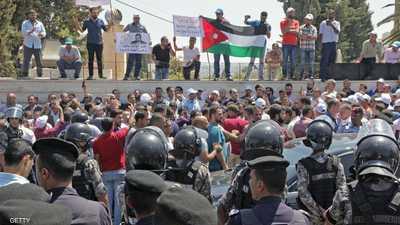 الأردن.. نقابة المعلمين تعلق الإضراب المفتوح وتهدد بآخر