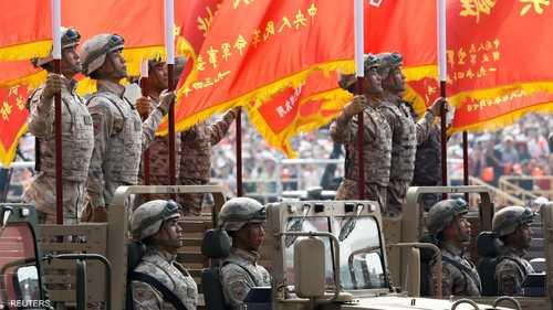 يجري الاحتفال بذكرى الأول من أكتوبر عام 1949، وتأسيس جمهورية الصين الشعبية من قبل الزعيم آنذاك ماو تسي تونغ في أعقاب الحرب الأهلية.