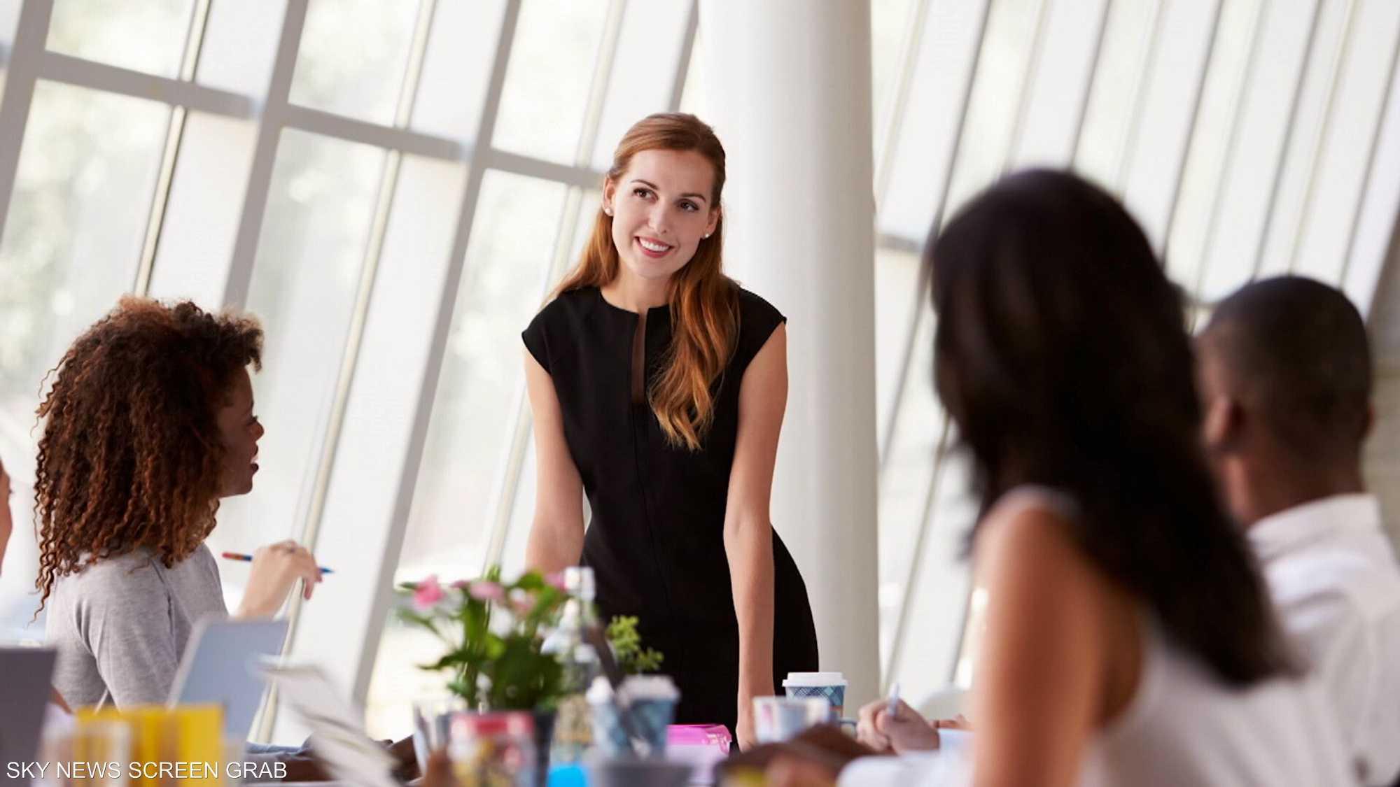 المرأة وأهمّية انخراطها في الوظائف العامة والقيادية