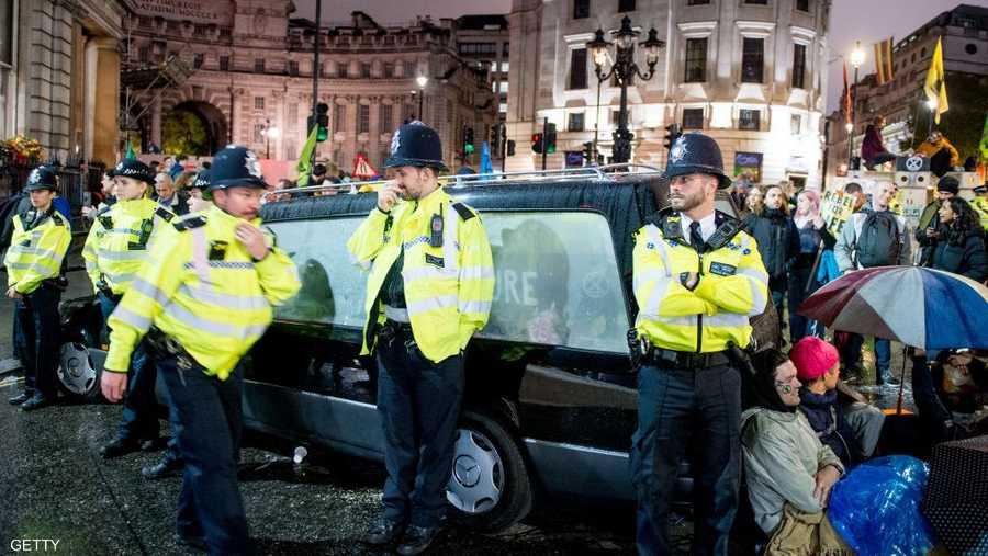 """قالت شرطة لندن إنها اعتقلت 319 شخصا، في حين انتقد رئيس الوزراء البريطاني النشطاء ووصفهم بـ""""أفظاظ غير متعاونين"""""""