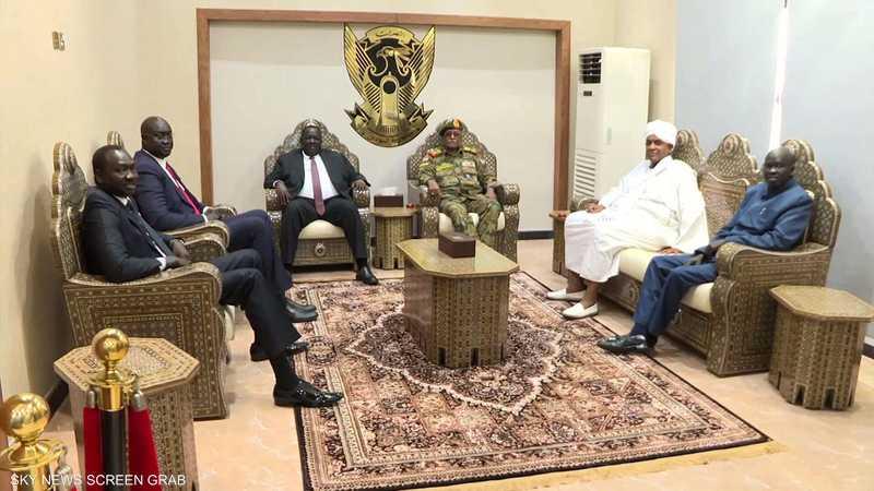 وفد الحكومة السودانية يصل جوبا لبحث عملية السلام