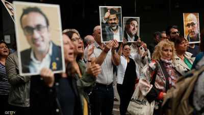 أحكام بالسجن على 9 من قادة الانفصال في كتالونيا