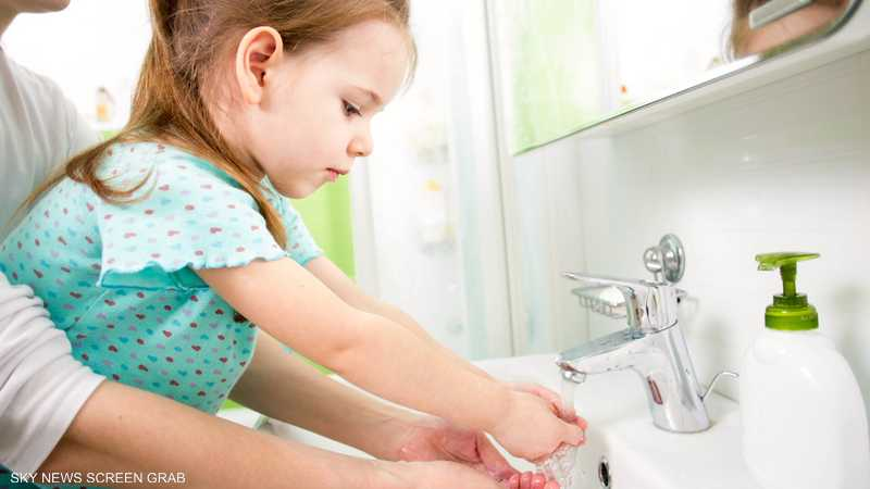 العالم يحتفي بيوم غسل اليدين