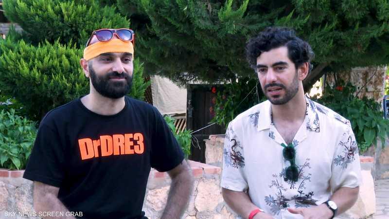 فرقة أردنية ترفه عن الناس بموسيقى الروك الشرقية