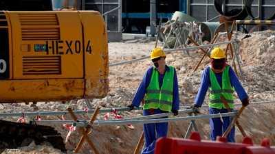 باحثون يطالبون قطر بتدابير وقائية لحماية عمال مونديال 2022