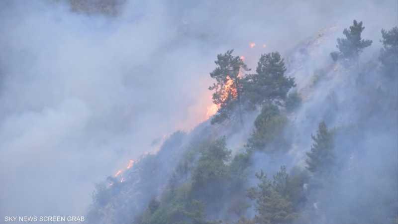 مخاوف من تجدد اندلاع النيران في جبل لبنان