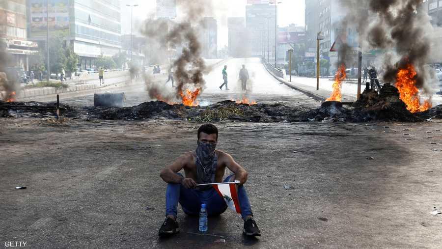 """تصاعدت مطالب المحتجين إلى """"رحيل الحكومة"""""""