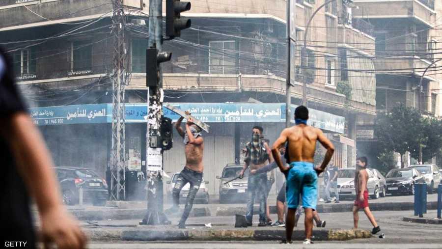 قوات الأمن أطلقت الغاز المسيل للدموع