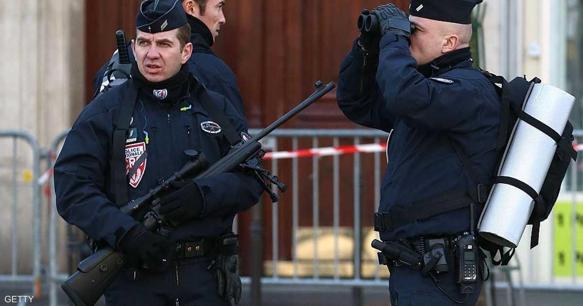 الشرطة الفرنسية تعتقل رجلا تحصن في متحف