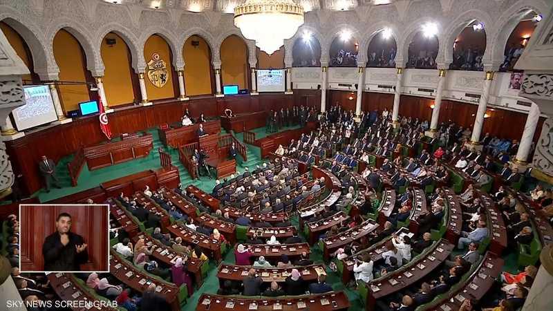 قيس سعيد يؤدي اليمين الدستورية رئيسا جديدا لتونس
