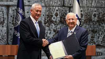 الرئيس الاسرائيلي يكلف غانتس بتشكيل الحكومة