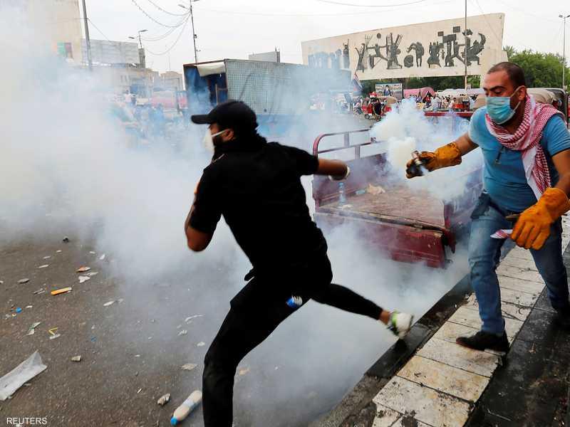يسعى القادة السياسيون في العراق للتوصل إلى حل للاحتجاجات.