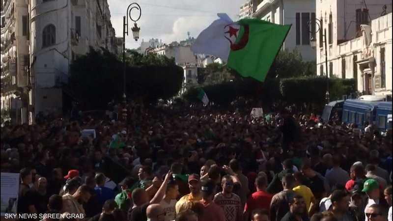 الجزائر.. انطلاق المظاهرات في الجمعة الـ37 منذ بدء الحراك
