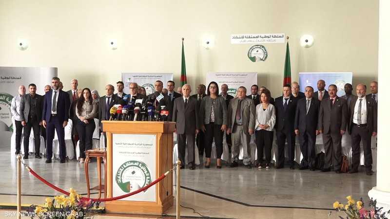 5 مرشحين للانتخابات الرئاسية الجزائرية