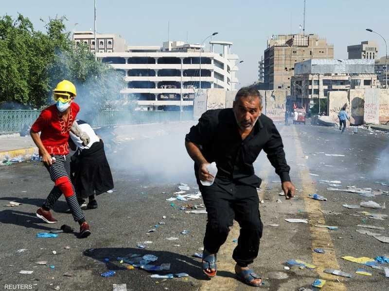 العراق.. استخدام قنابل الغاز يثير انتقادات واسعة