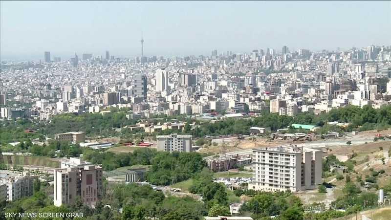 طهران تدشن 30 جهازا متطورا للطرد المركزي