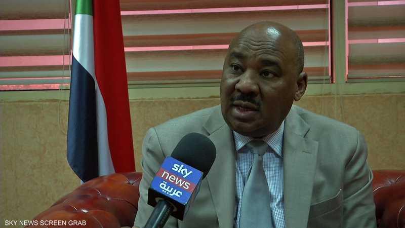 وزير المالية السوداني: أولويات الحكومة وقف انهيار العملة