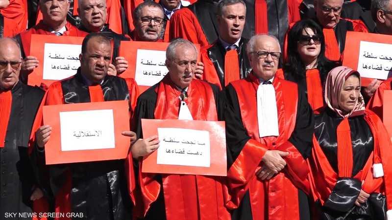 الجزائر.. نقابة القضاة تعلن تعليق الإضراب