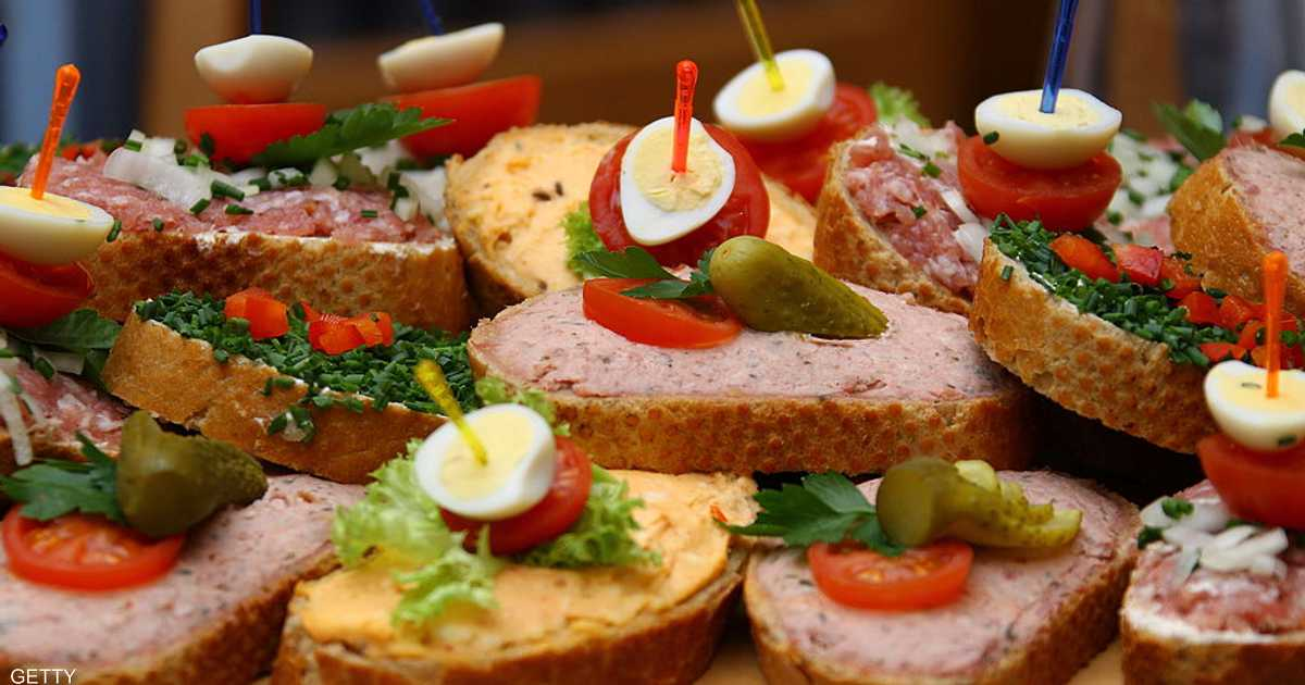 """دراسة تكشف أضرارا """"فورية"""" للوجبات السريعة"""