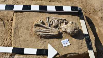 مصر.. الكشف عن مقبرة تعود للعصرين الروماني واليوناني