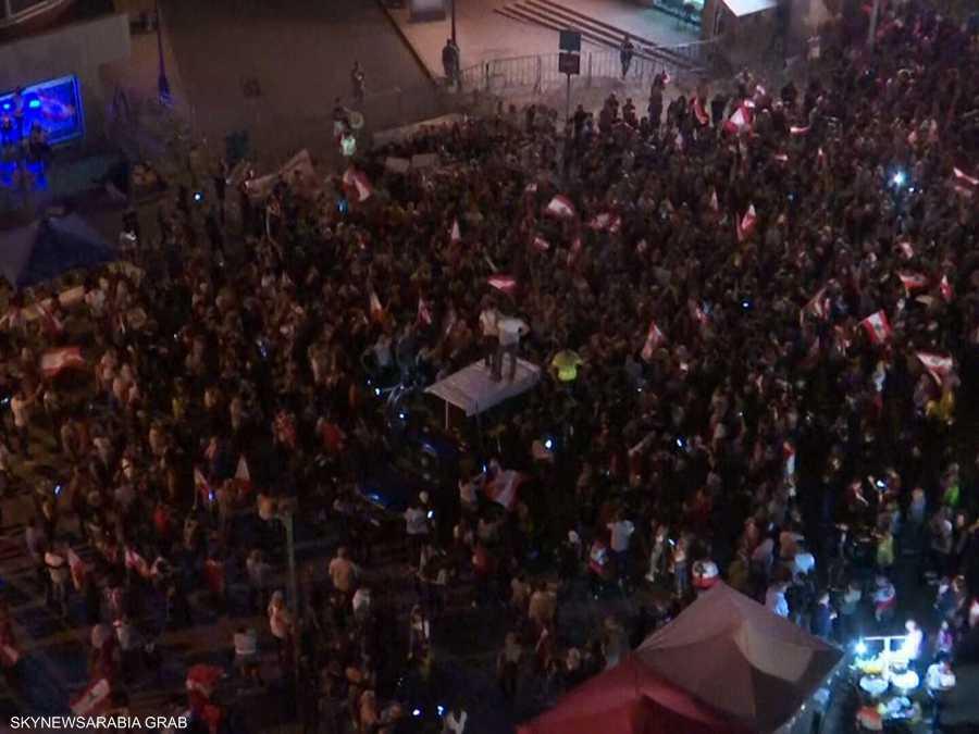 تواصل التظاهرات الحاشدة في لبنان