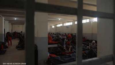 """سجناء داعش يؤكدون: عقول """"التنظيم"""" الكبيرة أحرار"""