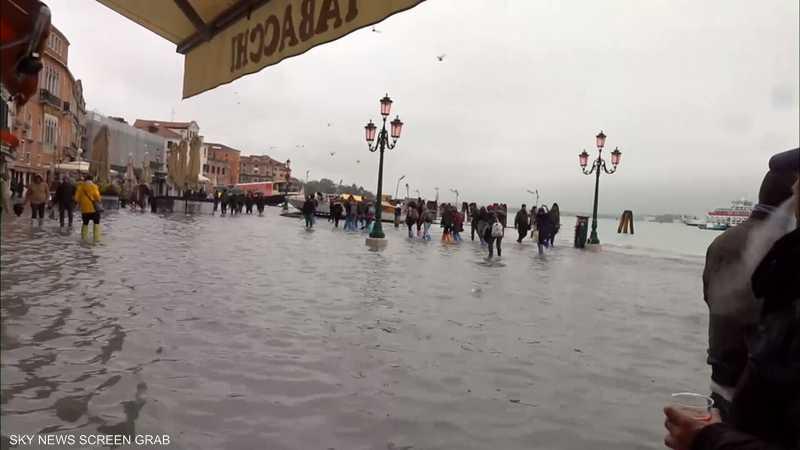 البندقية تتعرض لأسوأ موجة فيضانات منذ 50 عاما