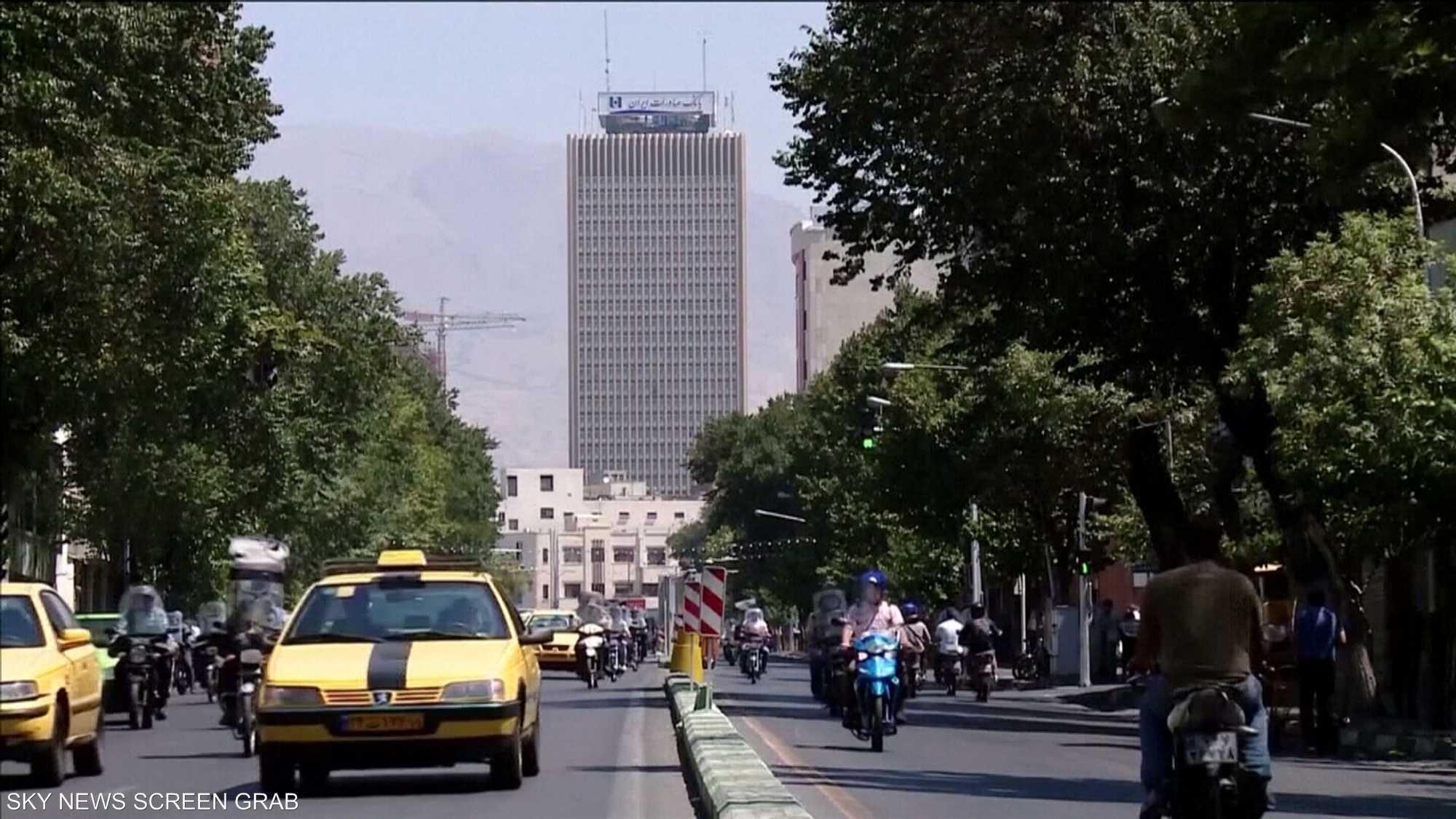 روحاني يعترف بتدهور الاقتصاد الإيراني