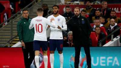 بعد صافرات ويمبلي.. دعم إنجليزي لنجم ليفربول