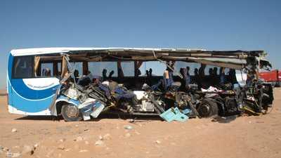 مصر.. 9 قتلى باصطدام حافلة بشاحنة