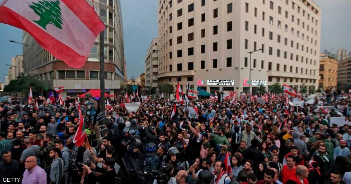 بمناسبة مرور شهر على الاحتجاجات.. مزيد من المظاهرات في لبنان