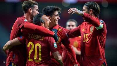 "إسبانيا تهزم رومانيا بخماسية.. ومستقبل مورينو ""غامض"""