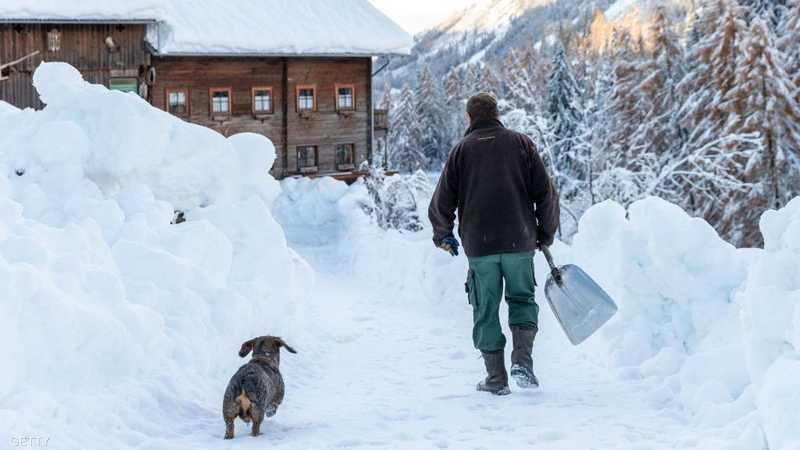 """الثلوج بدأت """"تغزو"""" العالم"""