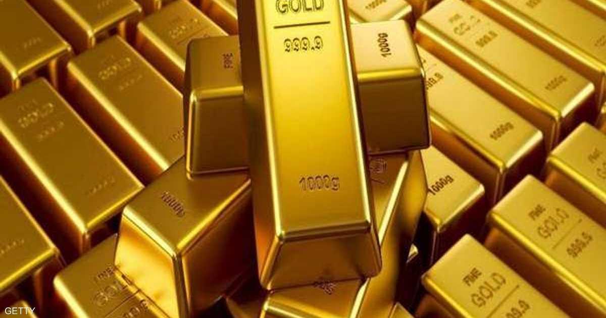 الذهب يتراجع بعد