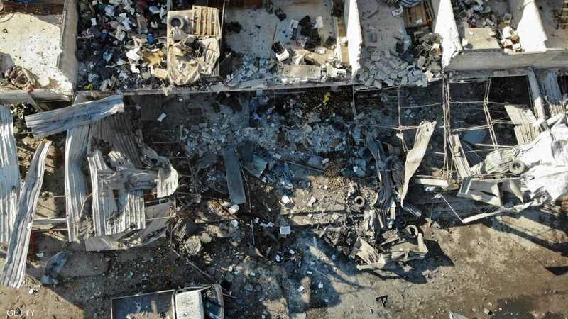 صورة جوية تظهر بعضا من آثار الغارات الجوية على معرة النعمان