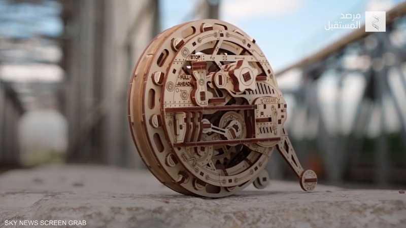 """""""مونوويل"""".. عجلة خشبية تتحرك من دون طاقة"""
