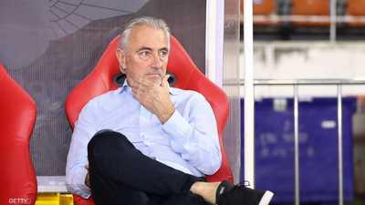 إقالة الهولندي مارفيك من تدريب منتخب الإمارات