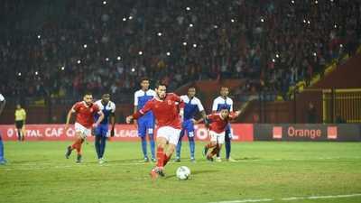"""قبل مباراة الأهلي.. """"حكم مغربي"""" يفجر غضب الهلال السوداني"""
