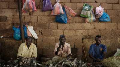 أرشيفة لأحد أسواق السمك في الخرطوم