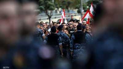 """لبنان.. محاولة انتحار """"بالنار"""" في قلب """"رياض الصلح"""""""