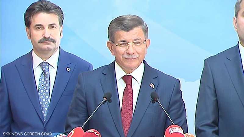 أحمد داوودأوغلو يطلب من أردوغان كشف أصوله المالية