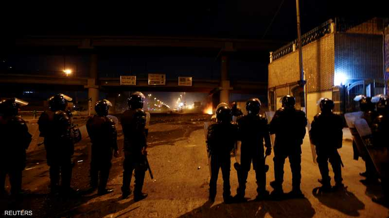 أقامت الشرطة العراقية نقاطا أمنية في مناطق مختلفة ببغداد