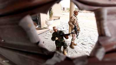 القتال يستعر قرب طرابلس مع تقدم قوات الجيش الليبي