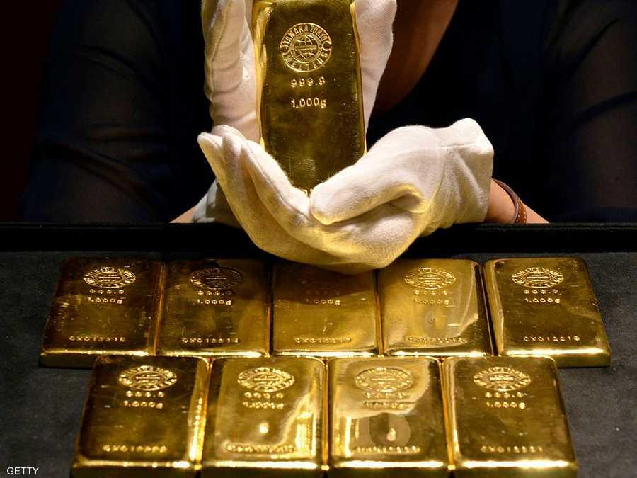 ارتفعت أسعار الذهب على نحو طفيف لأعلى مستوياتها في نحو شهرين