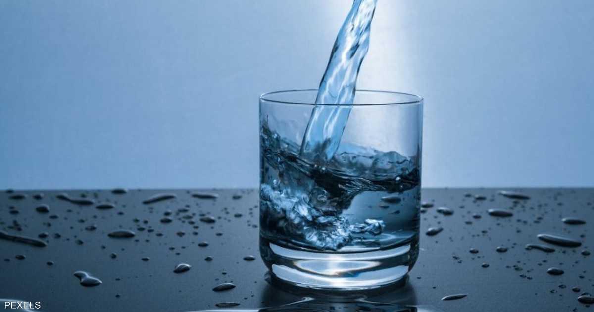 من شرب الماء إلى كتم النفس.. أشهر