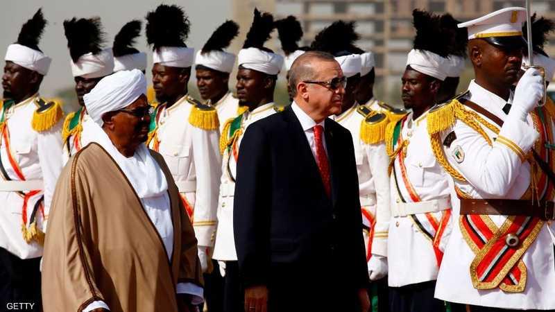 أردوغان خلال زياته للخرطوم في ديسمبر 2017.
