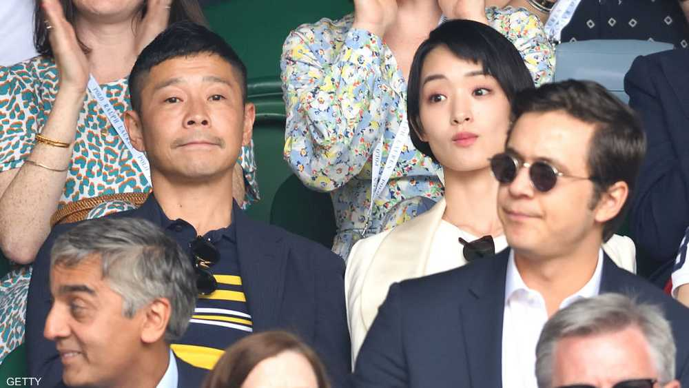 يوساكو مايزاوا مع صديقته الممثلة أيامي غوريكي قبل انفصالهما